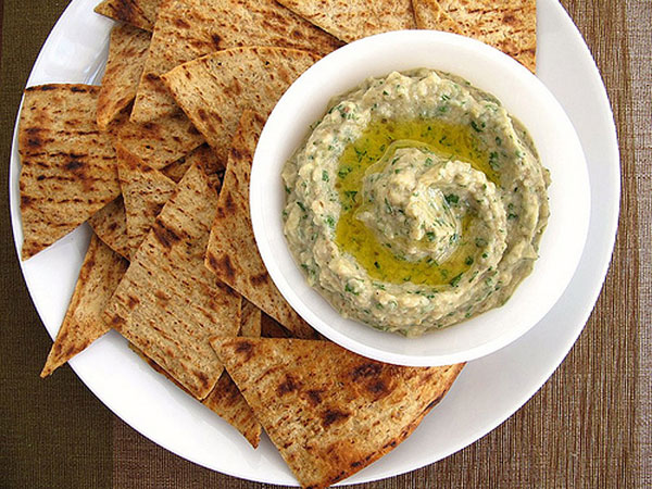 Looking for a new dip for summer entertaining? Try this  rustic, slightly chunky Mediterranean favorite It's Rich, smoky, and creamy --- and simple to make
