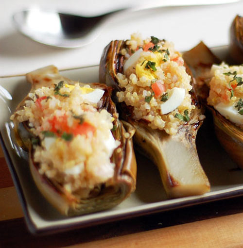 These two yummy artichoke recipes are perfect --- filling and nutritious as an appetizer, snack or lunch