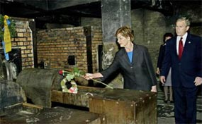 Bush at Aauschwitz