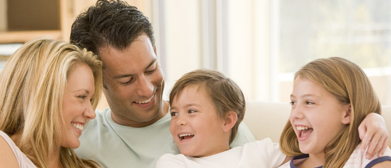 8 habits of the happiest families