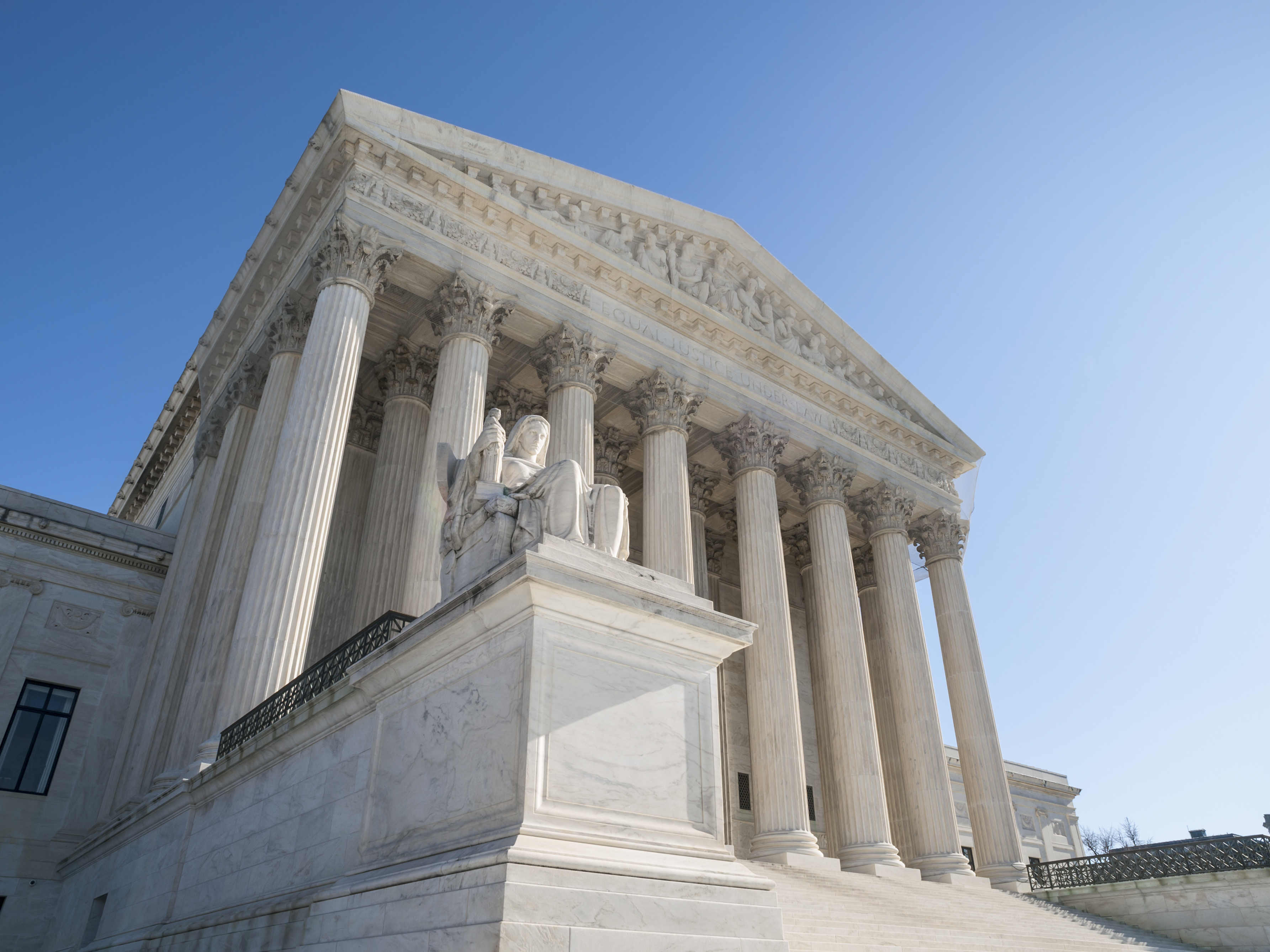 Supreme Court critical of lawyer's decision to concede guilt of client who claimed innocence